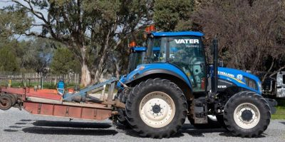 Mower Mate SA New Holland tractor