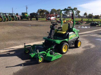 Mower Mate SA John Deere lawnmower