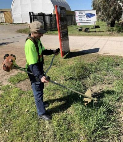 Mower Mate SA Whipping Snipping service